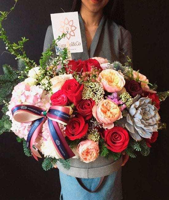Cajas con rosas naturales
